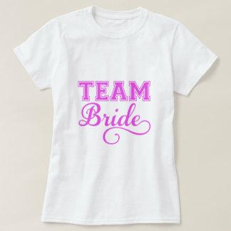 Combine a la novia, diseño rosado del texto del camisas