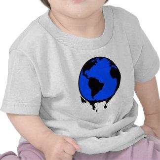 Combustible biológico del aceite del mundo camisetas