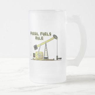 Combustibles fósiles regla, vidrio de cerveza, taza cristal mate