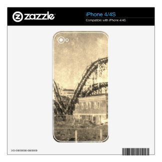 Come out to play iPhone 4S skin