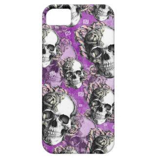 Comedor púrpura de la gente. Caso del cráneo y del iPhone 5 Carcasas