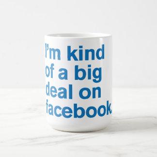 Comedy™ genérico gran cosa en facebook tazas