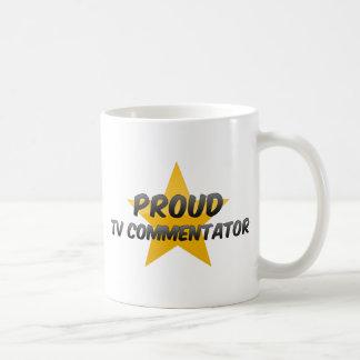 Comentarista orgulloso de la TV Taza De Café