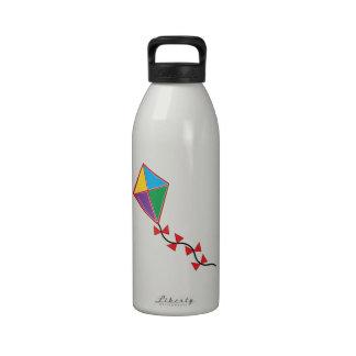 Cometa colorida botella de agua reutilizable