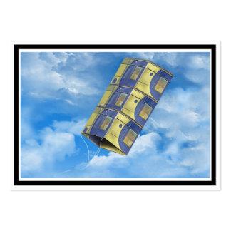 Cometa de caja en el cielo tarjetas de visita grandes