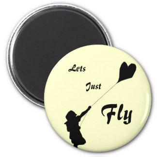 Cometa del amor del vuelo imán redondo 5 cm