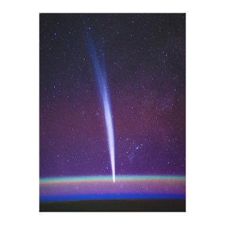 Cometa Lovejoy cerca del horizonte de la tierra Impresión En Lona
