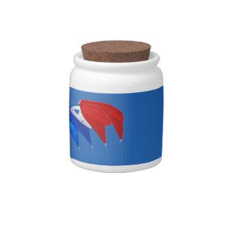 Cometa roja, blanca, y azul jarra para caramelo