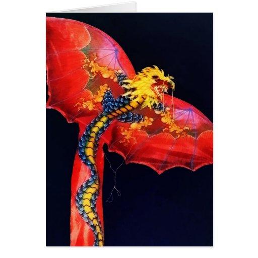 Cometa roja del dragón felicitaciones