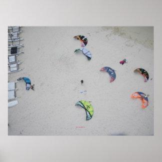 Cometas del alto (kiteboard del kitesurf kiteboard posters