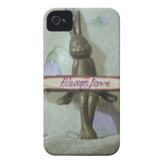 Comfort zone Hakuna Matata Always Love Gifts for a iPhone 4 Case-Mate Case