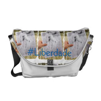 Comfortable, pretty and it practices messenger bag