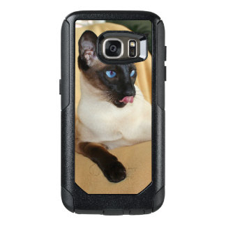 Comical Seal Point Siamese Cat Licking It's Nose OtterBox Samsung Galaxy S7 Case