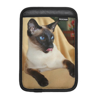 Comical Seal Point Siamese Cat Licking It's Nose Sleeve For iPad Mini