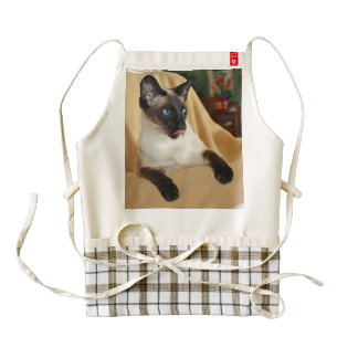 Comical Seal Point Siamese Cat Licking It's Nose Zazzle HEART Apron