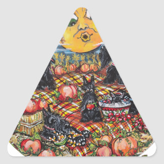 Comida campestre de ScottishTerrier Halloween Calcomania De Trianguladas
