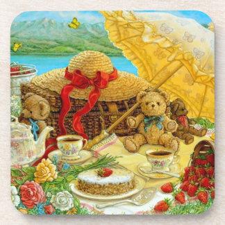 Comida campestre del oso de peluche posavasos de bebida
