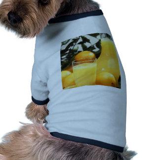 Comida del jugo camisetas de perrito