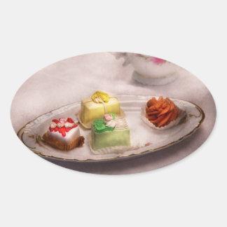 Comida - dulce - torta - las invitaciones de la pegatina ovalada
