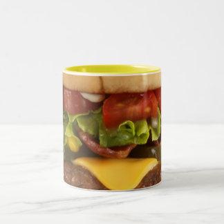 Comida en una taza - taza de la hamburguesa