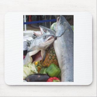 Comida fría de Alaska de los salmones Tapetes De Raton