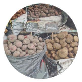 Comida peruana del amor - patatas Mercado de las p Plato De Cena