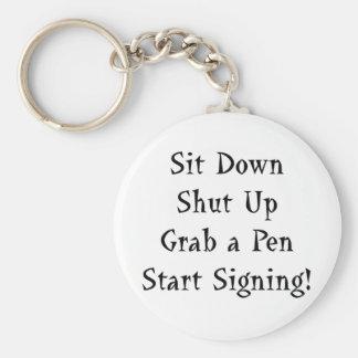 Comience a firmar llaveros personalizados