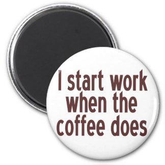 Comience a trabajar el café imán redondo 5 cm