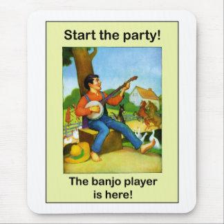 ¡Comience el fiesta! ¡El jugador del banjo está Alfombrillas De Ratones