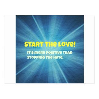 Comience la explosión del azul del amor tarjetas postales