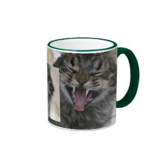 Comience su día con café y una risa taza de dos colores