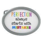 Comienzo de la perfección con errores hebillas cinturón ovales