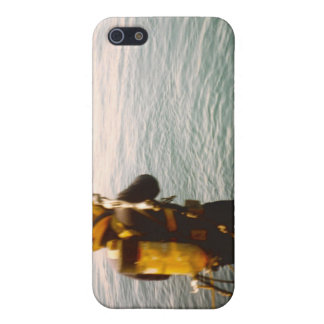 Commercial Diver Splashing In Cover For iPhone SE/5/5s