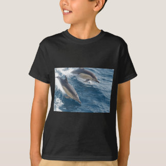 common-dolphins-914 T-Shirt