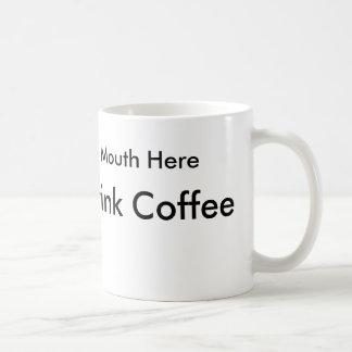 Cómo beber el café para la gente zurda tazas de café
