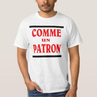 Como BOSS en francés. PATRÓN DE LA O.N.U DE COMME Remeras