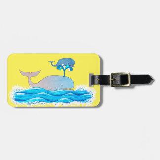 Cómo las ballenas se divierten etiquetas para maletas
