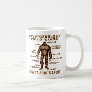 CÓMO MANCHAR BIGFOOT - guía del campo del Cryptozo Taza De Café