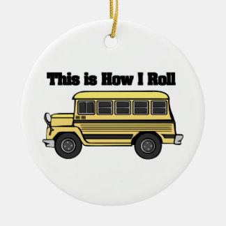 Cómo ruedo (el autobús escolar) ornamentos de reyes magos