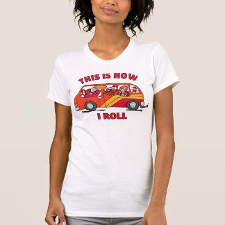 Cómo ruedo el minivan de la mamá camiseta