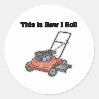 Cómo ruedo (el motor del césped) pegatina redonda