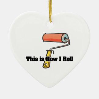 Cómo ruedo el rodillo de pintura ornamento para arbol de navidad
