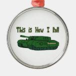 Cómo ruedo (el tanque militar) ornamente de reyes