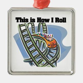 Cómo ruedo (la montaña rusa) adorno cuadrado plateado