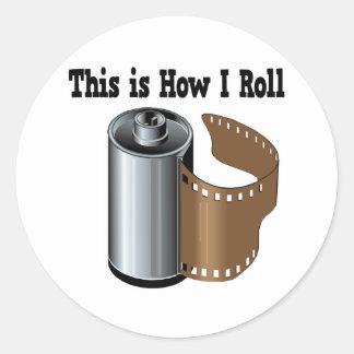 Cómo ruedo la película de la cámara etiquetas redondas