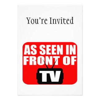 Como se ve en el frente de la TV Invitacion Personalizada