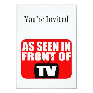 """Como se ve en el frente de la TV Invitación 5"""" X 7"""""""