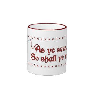 """""""Como YE cose, así que YE rasga"""" la taza"""