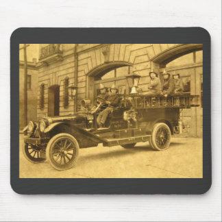 Compañía de bomberos del vintage de no. 34 del mot tapetes de raton