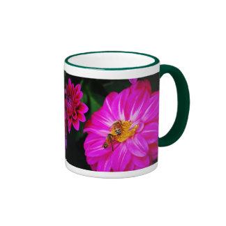 Compartiendo una comida… tazas de café